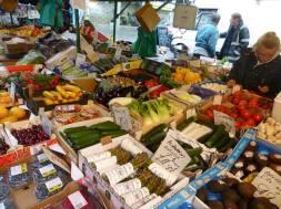 रसरशीत ताज्या भाज्या